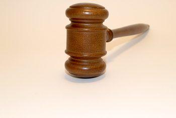 Statuut van beperkings op `n opeisbare akte