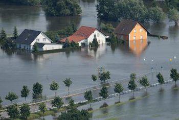 Hoe om `n huis vloed versekering te kry van die ons regering